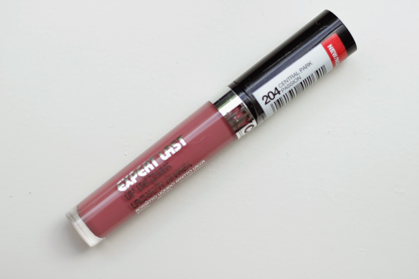 review swatches full face NYC Expert Last Lip Lacquer 204 Central Park Passion