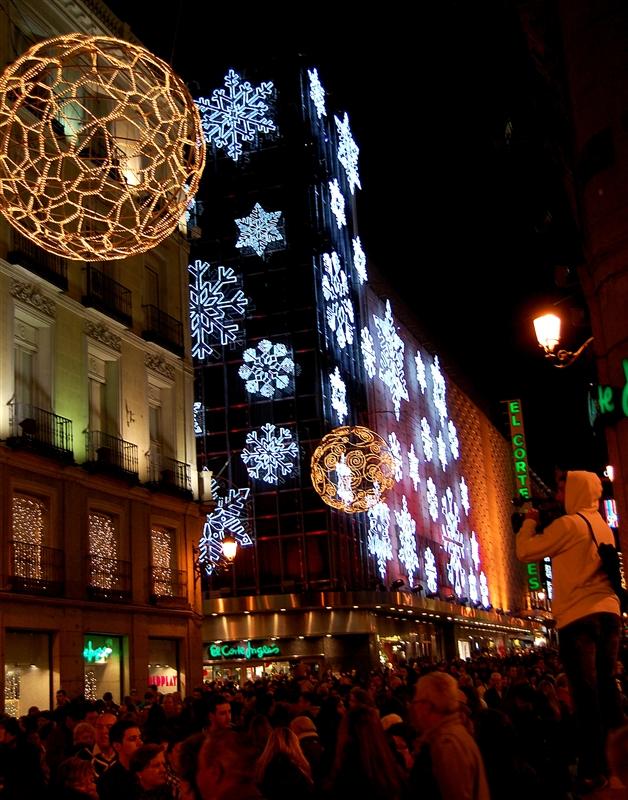 Capadia Designs: Christmas Lights in Madrid