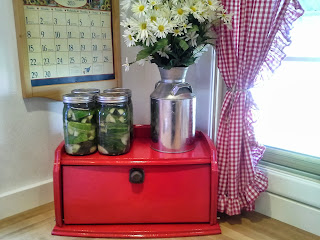 fermenting pickles, fermenting cucumbers