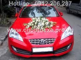 Cho thuê xe cưới Hyundai Genesis hạng sang màu đỏ