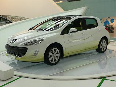 2012 Peugeot 308 Wallpaper
