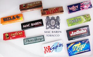手巻きタバコの巻紙を映した画像1