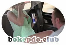 HornyTaxi Fun time couple in backseat taxi threesome