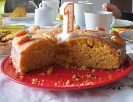 Torte zum ersten Geburtstag