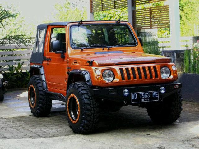 Modifikasi Mobil Suzuki Katana