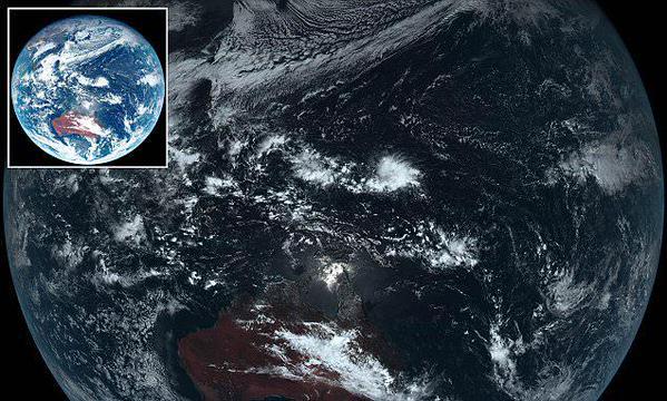 Un satélite japonés revela el color real de nuestro planeta