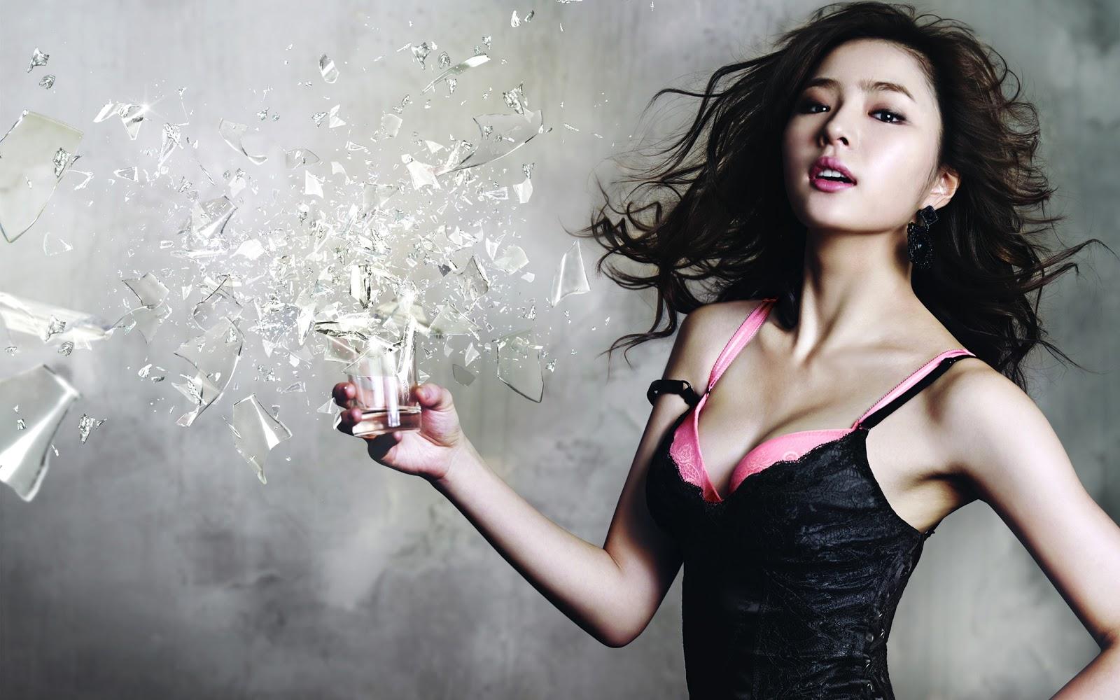 http://2.bp.blogspot.com/-uG5aZJpT7lc/UR7XNGfIJ-I/AAAAAAAAcoI/tc3HZazt8kE/s1600/Shin+Se+Kyung+Hot+Wallpaper+HD+2.jpg