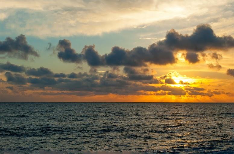 Crepuscular rays Brighton england