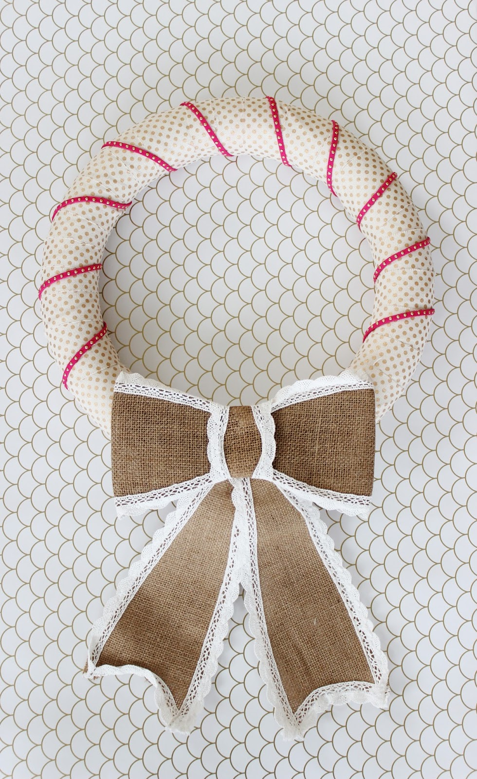 Valentine's Day Wreath. Easy, inexpensive, and just 10 minutes to make!