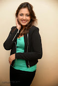 Madhu Shalini Glam pics at Citizen Audio-thumbnail-19