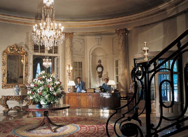 decoracao de interiores estilo tradicional : decoracao de interiores estilo tradicional: , hall de entrada. Al fondo izquierda, entrada salón de desayunos