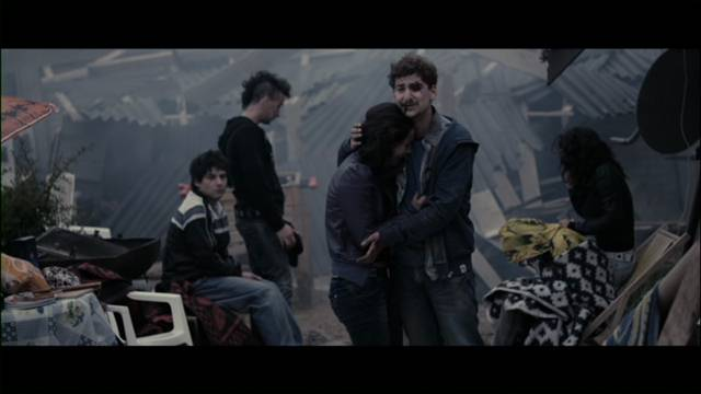 Capturas 03:34 Terrremoto en Chile DVD Full Español Latino 2011