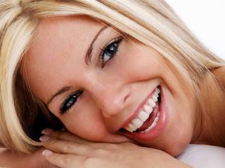 Gigi putih cemerlng