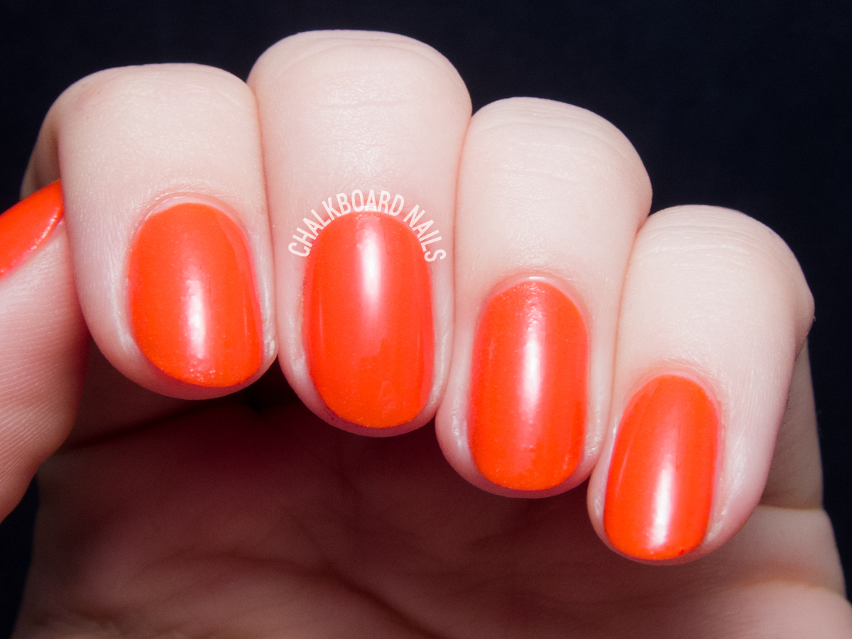 Serum No. 5 Infrared via @chalkboardnails