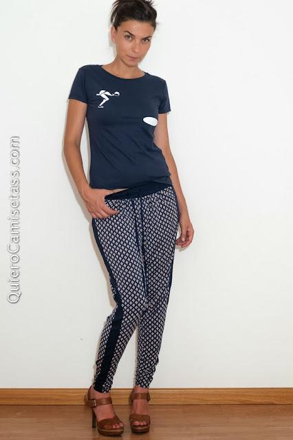 """Camiseta de chica """"Nadadora""""-Tienda Online de camisetas QuieroCamisetass.com"""