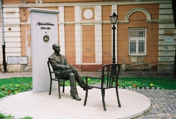 Márai Sándor, Kassa, Simonyi Imre, költészet, próza, a Magyar Költészet Napja,
