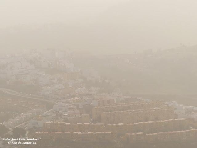 fotos calima Gran Canaria domingo 27 diciembre