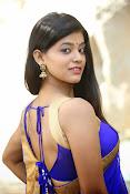 Yamini bhaskar glamorous photos-thumbnail-15