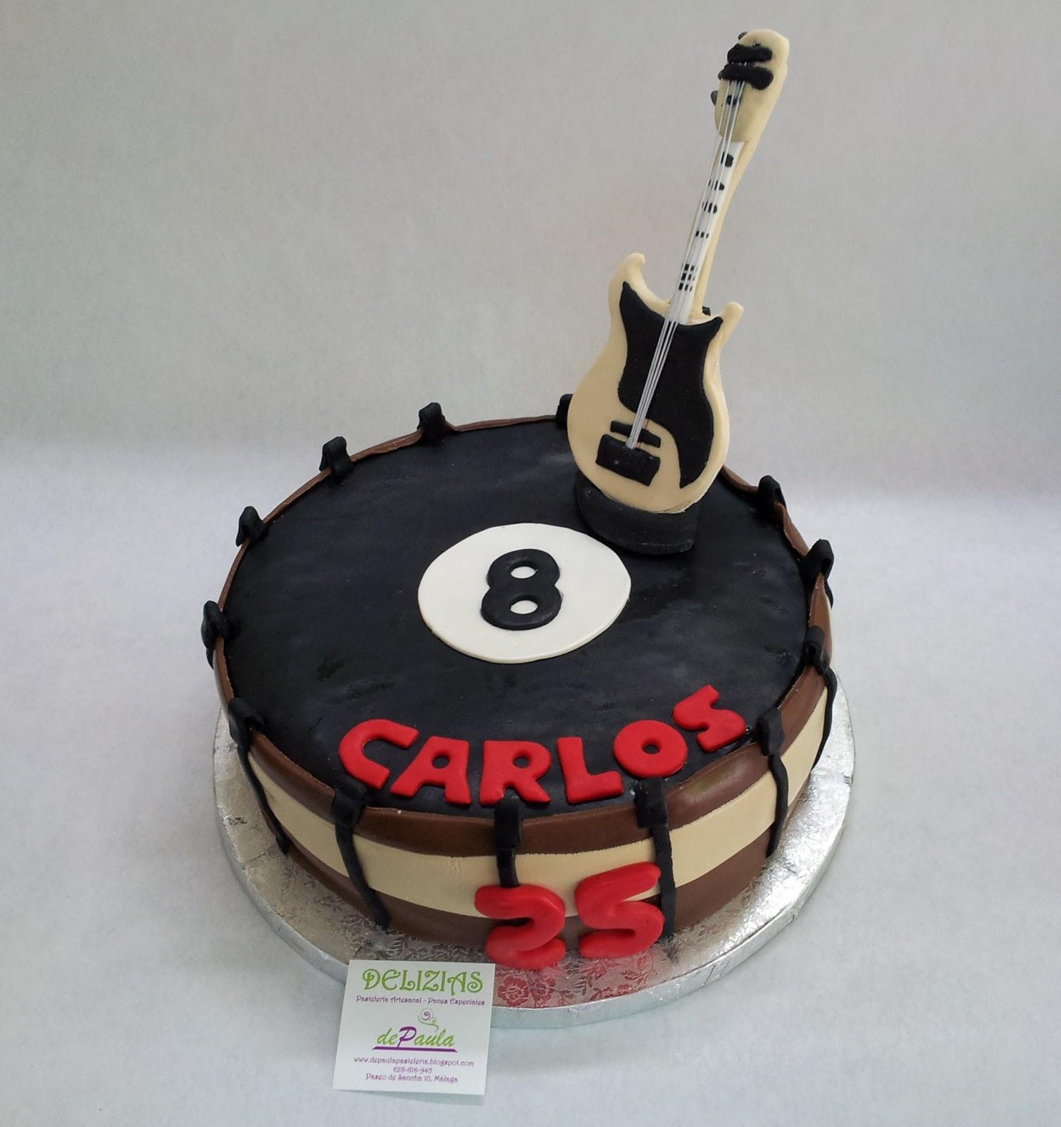 Carlos, su mujer Judit nos hizo el pedido de esta tarta en fondant de ...