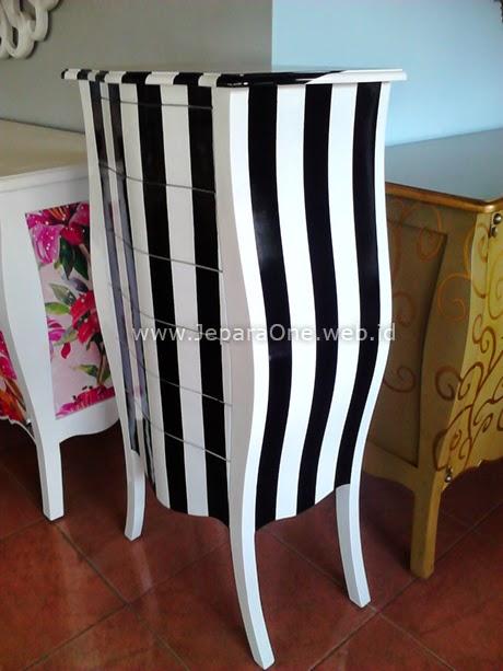 Long Zebra Filling Cabinet
