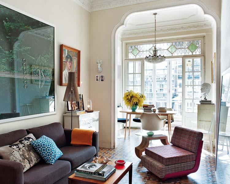 M nica diago arquitectura un apartamento renovado en - Pisos de diseno en barcelona ...