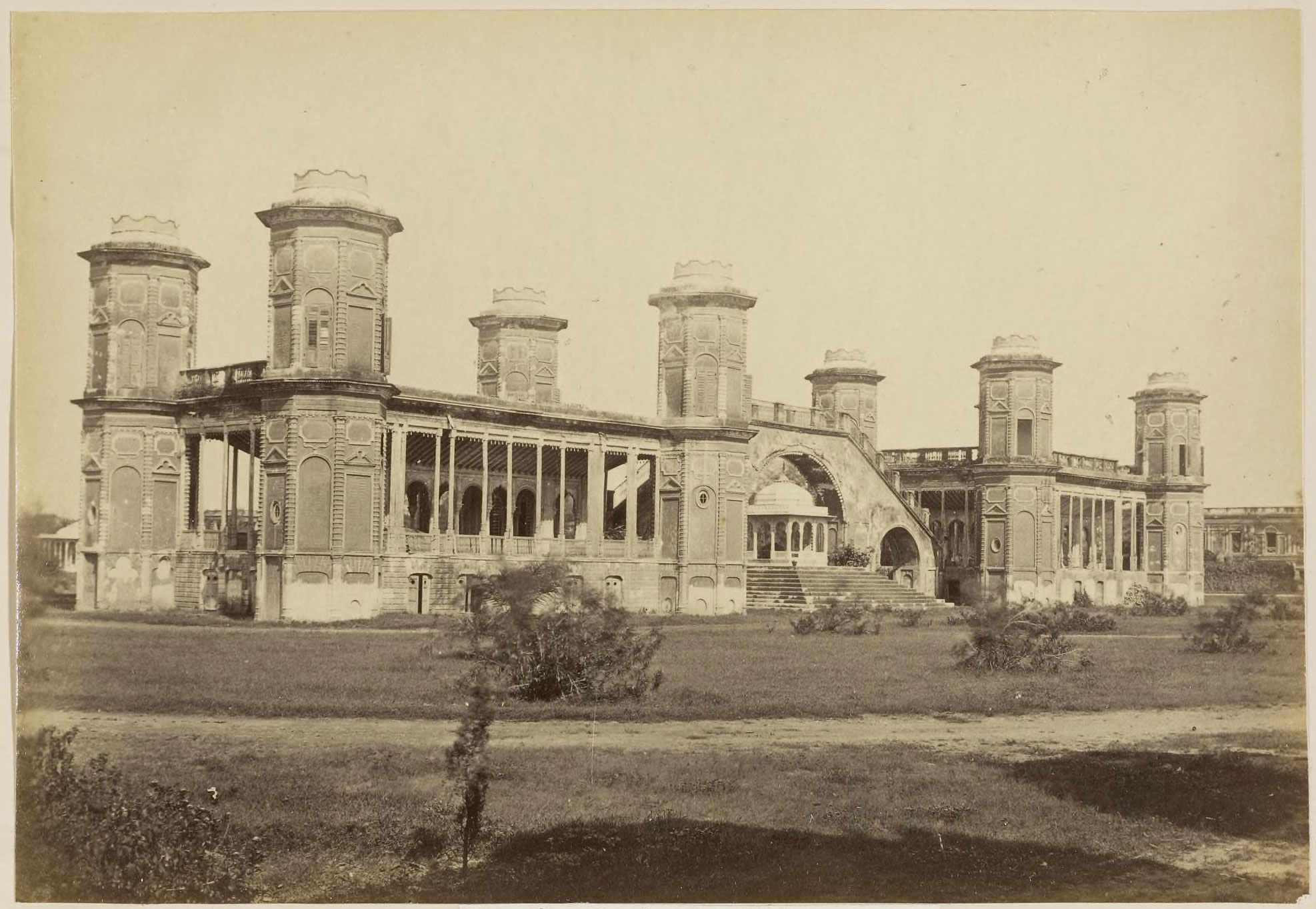 Lunka in the kaiser bagh lucknow 1870 39 s old indian photos for Architecture design for home in lucknow
