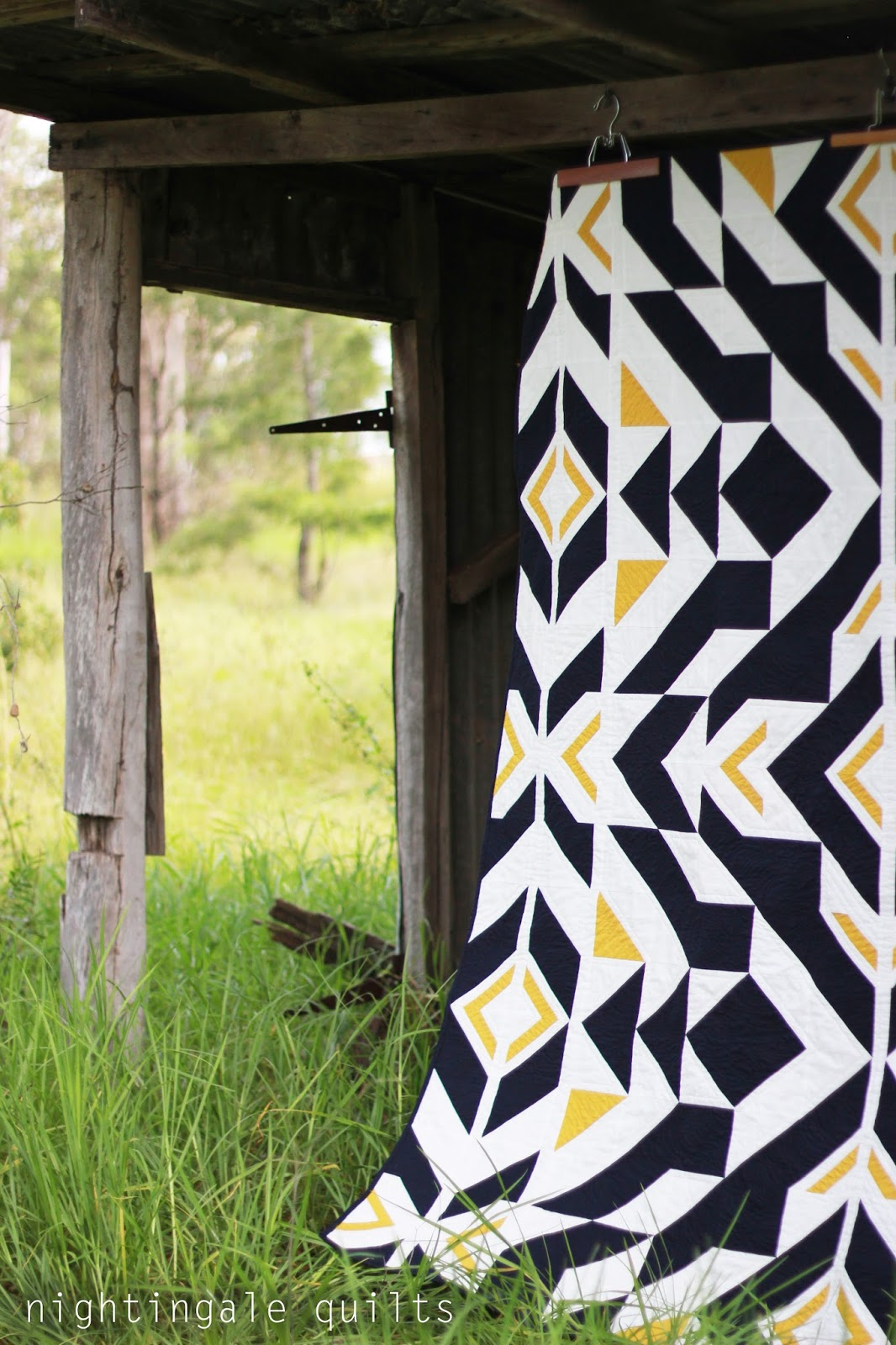 New Quilt Patterns For 2015 : Nightingale Quilts: NEW PATTERN: Bravo Indigo Quilt