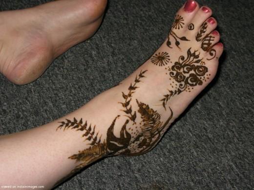 Mehndi For Feet Simple : Girls portal spot simple mehndi designs for feet