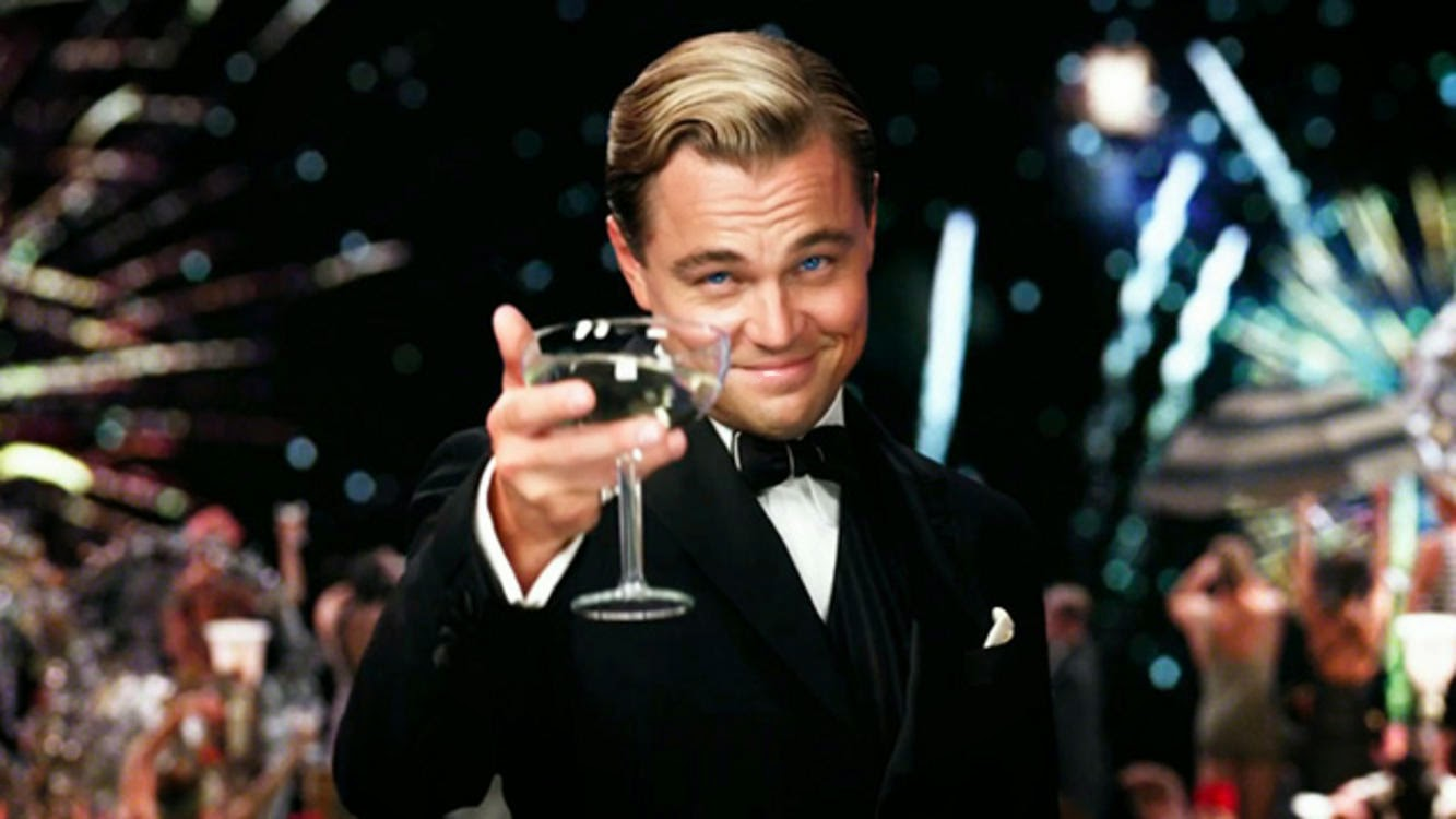 The Great Gatsby 2013 Leonardo di Caprio champagne