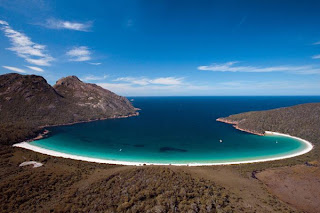 Wineglass bay , The Hazards