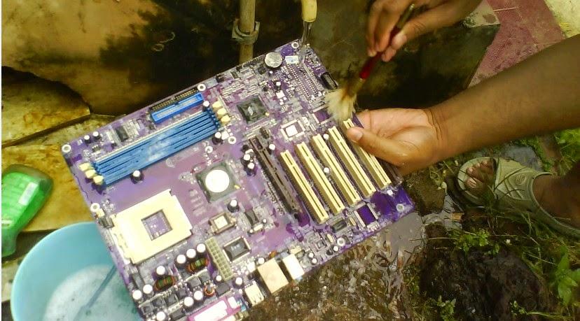 Mengatasi Motherboard CPU Yang Mati Total Cara Ampuh Mengatasi Motherboard CPU Yang Mati Total