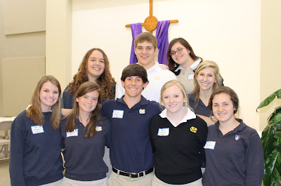 Montgomery Catholic Art Students Volunteer for Empty Bowls Project 1
