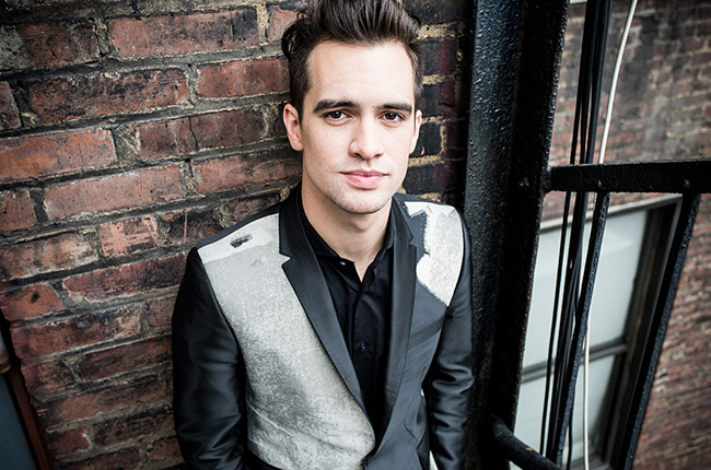 "Panic! At The Disco Canta ""Victorious"" en Jimmy Kimmel Live"