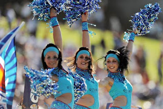 2011-IPL-Hot-Cheerleaders-Wallpapers