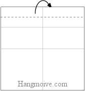 Bước 3: Gấp cạnh giấy về phía mặt đằng sau.