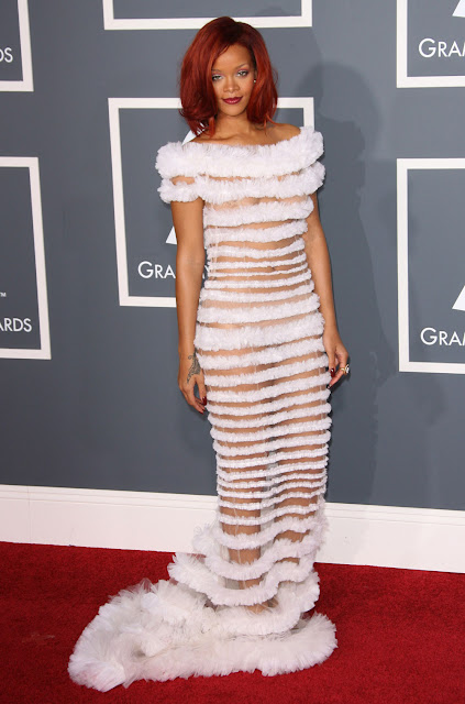 rihanna 2011 grammy dress. Rihanna Grammy Dress.