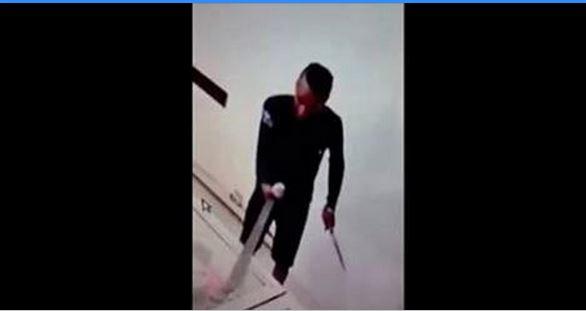 """صادم بالفيديو..لحظة السطو بالسيف و السكين على """"Cyber"""" بسلا"""
