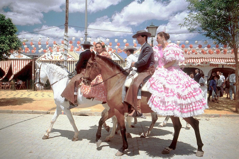 """Résultat de recherche d'images pour """"feria de sevilla a cheval"""""""