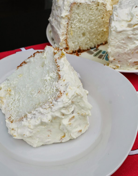 Super easy and delicious Pineapple Whipped Cream Frosting - my grandma's recipe