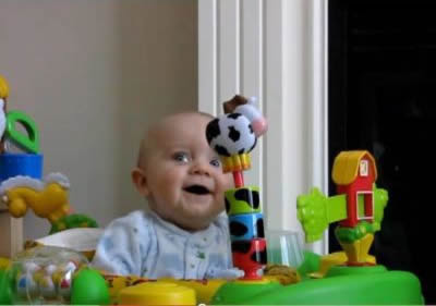 YouTube sensation Emerson - Mommy's Nose is Scary! screen-grab 1