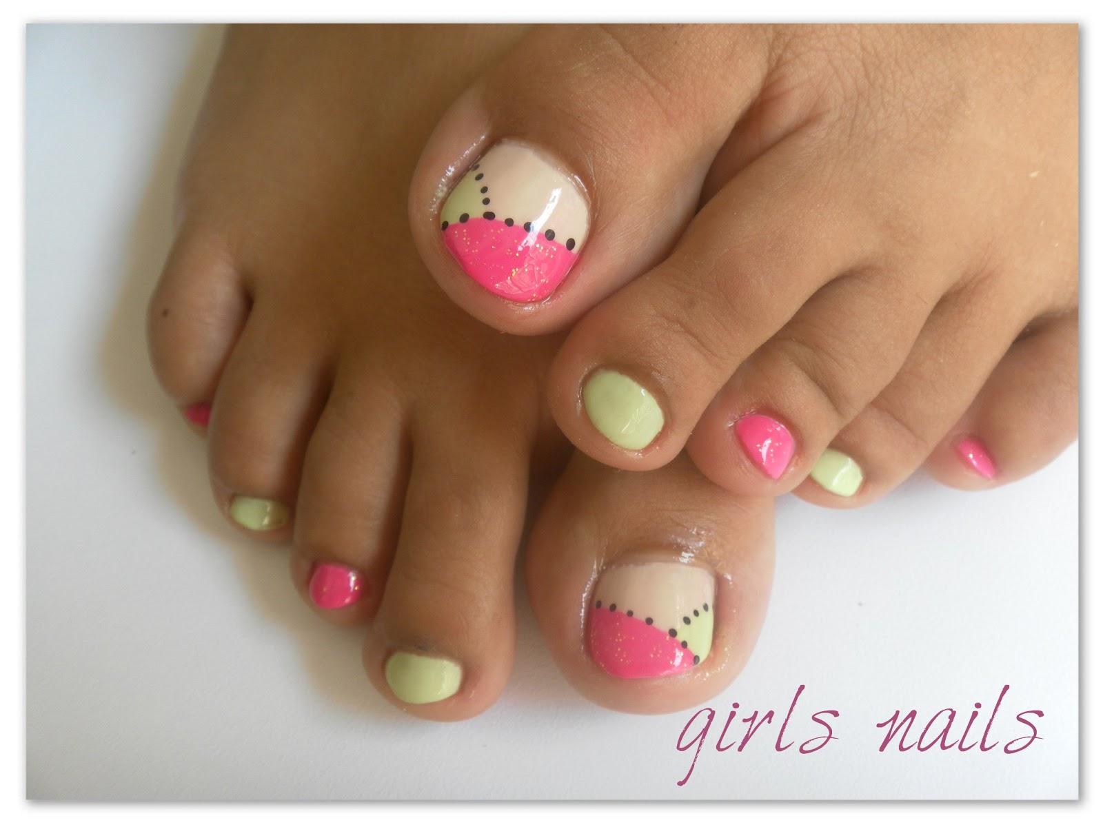 Cosmeticos d f dise os de u as para los pies for Figuras para decoracion