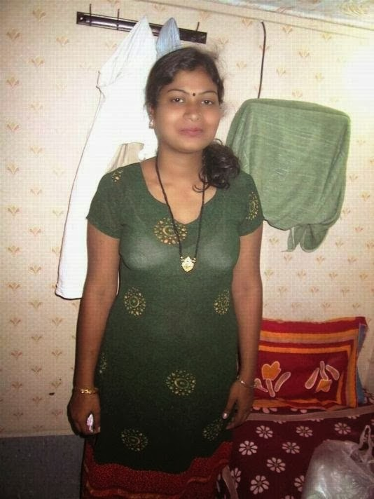 chennai aunty Hot Mulai Photos