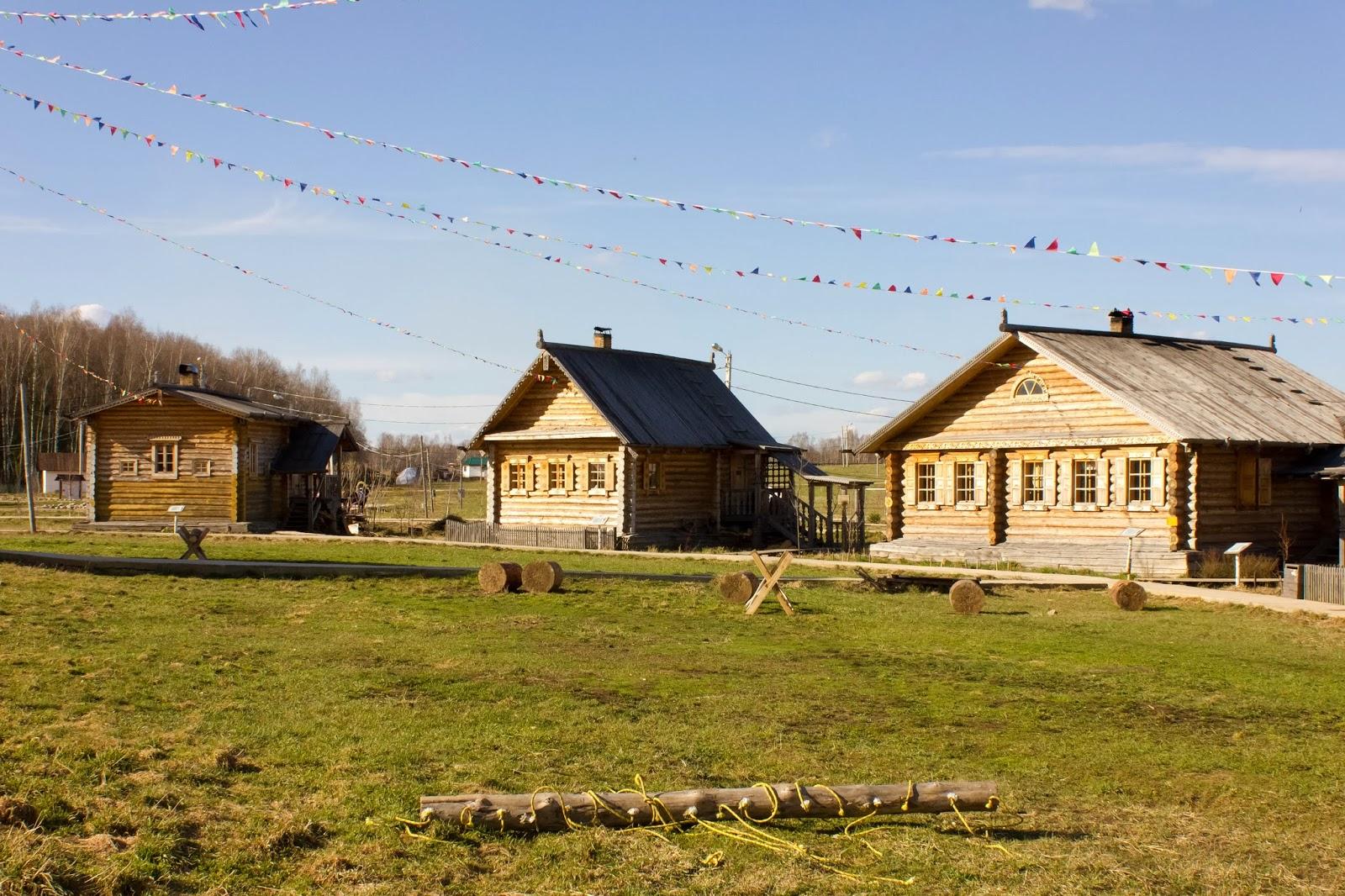Калуга, Калужская область, Этномир, Деревянные дома