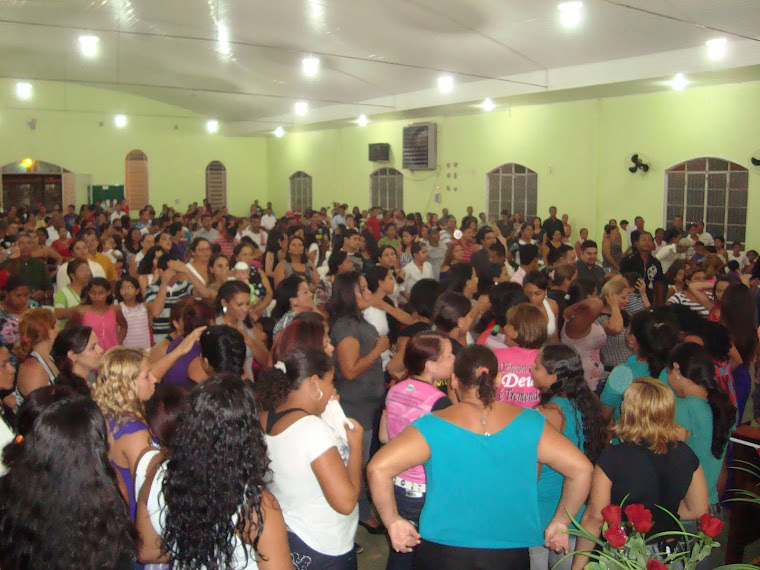Celebração na Chegada do Encontro Feminino