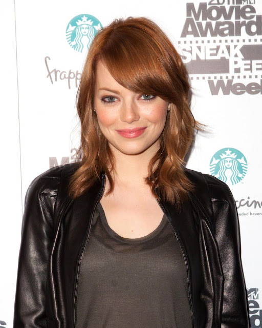 Actress Emma Stone 2011 MTV Movie Awards Pictures Gallery