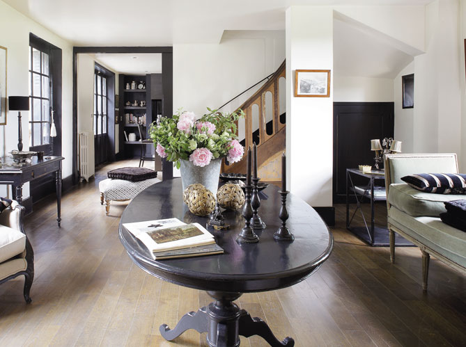 la casita de papel el contraste del blanco y negro. Black Bedroom Furniture Sets. Home Design Ideas