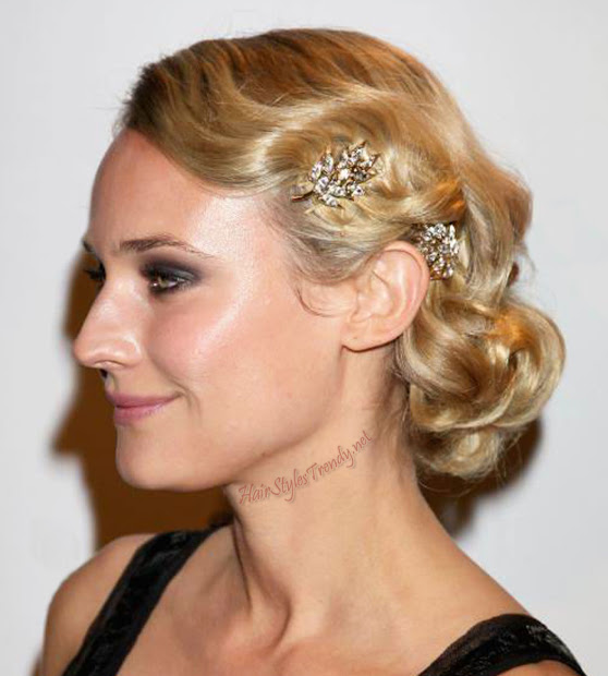 updo prom hairstyles - wavy