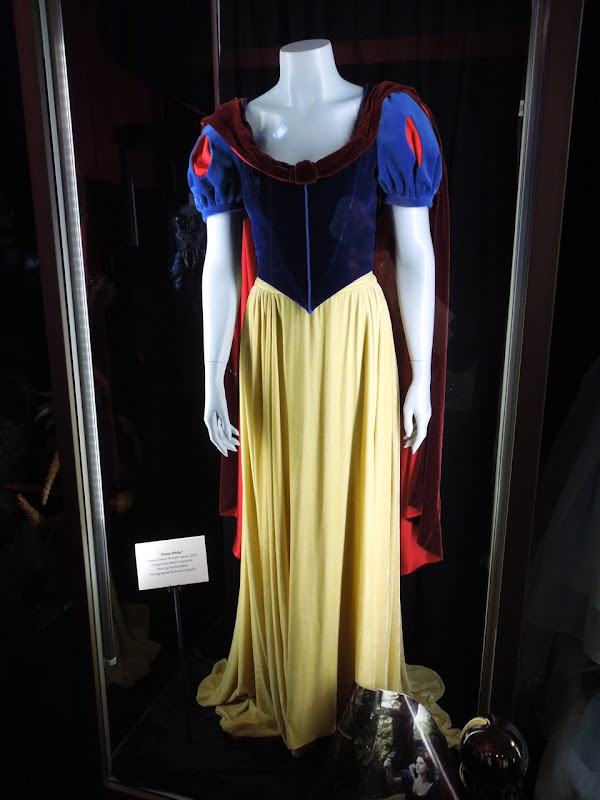 Snow White Disney Dream Portrait costume
