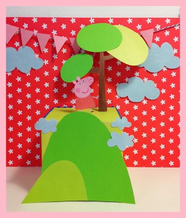 Decoracion Cumplea?os Peppa Pig ~   este caso se trata de una flor hecha con globos, y delante, Peppa Pig