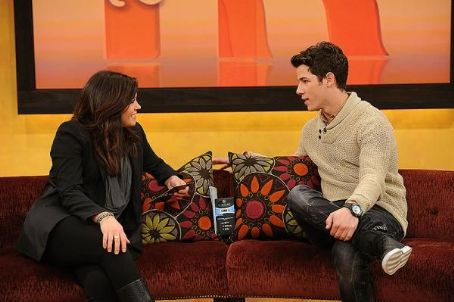 Images Of Nick Jonas Will Be Appearing On The Rachael Ray Show